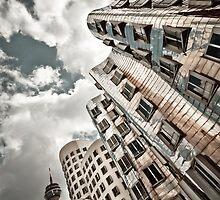 GEHRY | 02 by Frank Waechter