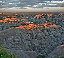 Badlands sunset  by tanmari