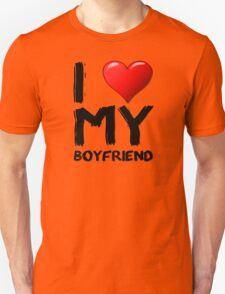 I love (heart) my boyfriend T-Shirt