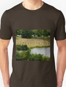 Country Field       ^ Unisex T-Shirt