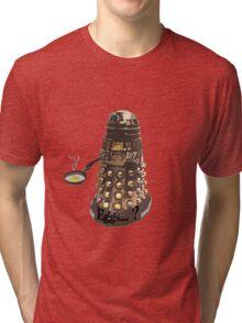 Eg..egg...s...? The Broken Dalek Tri-blend T-Shirt
