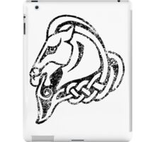 Skyrim Distressed Whiterun Logo - B&W iPad Case/Skin
