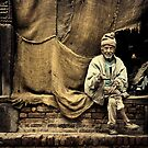 Man in Bhaktapur #0101 by Michiel de Lange
