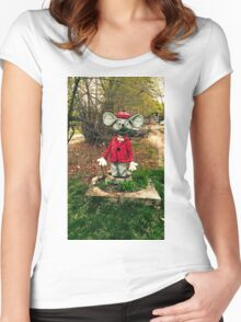 Photo Mouse Sculpture Women's Fitted Scoop T-Shirt