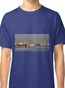Entering Venice Classic T-Shirt