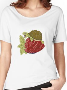Turtle berry Women's Relaxed Fit T-Shirt
