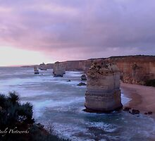 Twelve Apostle,Great Ocean Road,Victoria,Australia by Max R Daely