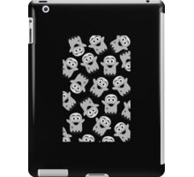 Spooky Scary Ghosts by 'Chillee Wilson' iPad Case/Skin