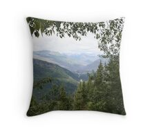 Nature framed montana moutains Throw Pillow