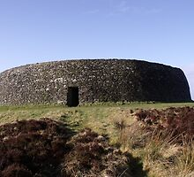 Grianan na Aileach by Gerry  Temple
