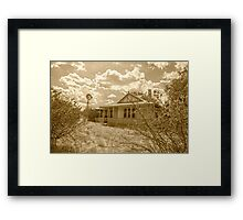 Old Farm House........ Framed Print