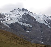 Suisse Mountains by awiseman