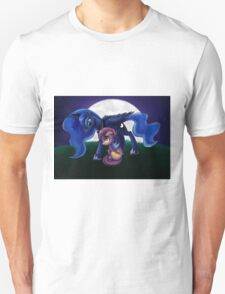 Sleepless - Luna and Scootaloo print/poster T-Shirt