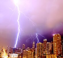 Lightning striking Chicago by gottschalkphoto