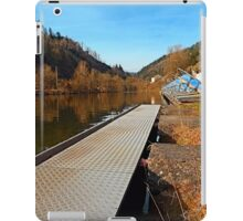 Where peaceful waters flow | landscape photography iPad Case/Skin
