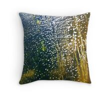 Streaming bubbles Throw Pillow