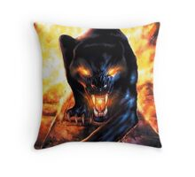 panthere fire Throw Pillow
