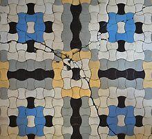 Guided cracks by Marjolein Katsma