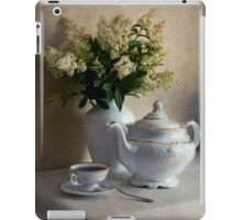 Still life with white tea set and bouquet of white flowers iPad Case/Skin