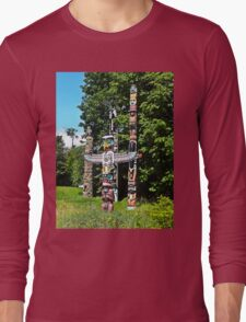 Totems Stanley Park Vancouver Long Sleeve T-Shirt