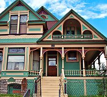 Victorian House by tvlgoddess