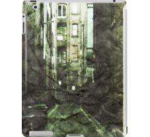Discounted Memory iPad Case/Skin
