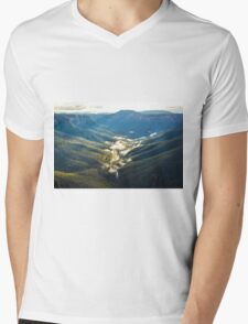 Valley mists Mens V-Neck T-Shirt