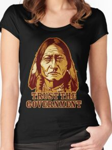 Trust The Government Sitting Bull Edition Women's Fitted Scoop T-Shirt