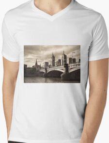 Princess Bridge Mens V-Neck T-Shirt
