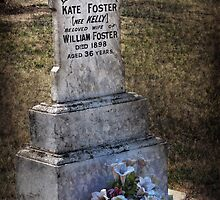 Kate's Grave by Rosalie Dale