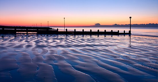 Ripples in a Bognor sunrise by postmansmith