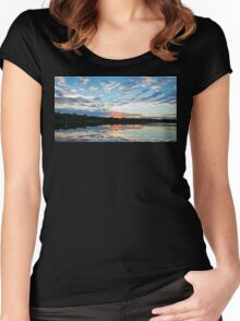 Lake Ainsworth - NSW Australia Women's Fitted Scoop T-Shirt