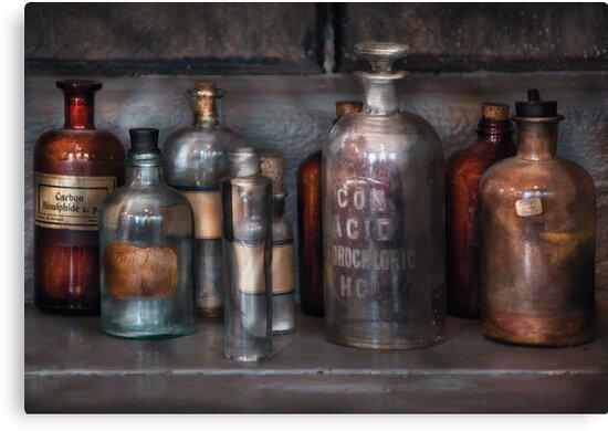 Chemist - Things that burn by Mike  Savad