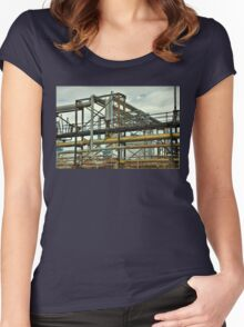 Pipes Women's Fitted Scoop T-Shirt