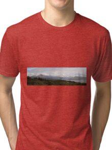 Cuillin Mountain range - Panorama Tri-blend T-Shirt