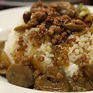 Rice with mushroom chicken sauce by nadeedja