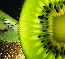 Just a kiwi by Thomas Petaut