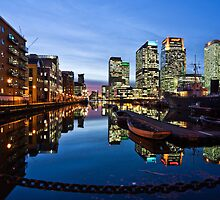 Canary Wharf at Dusk by Geoff Hunter
