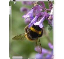 bumble bee sipping nectar iPad Case/Skin