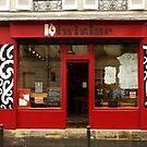 Kiwizine cafe in FRANCE by Rangi Matthews