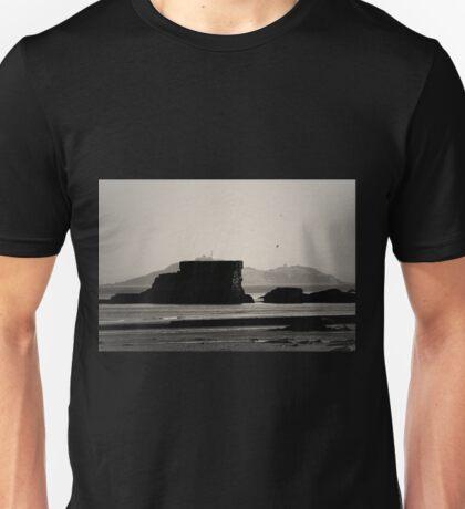 I see the sea Unisex T-Shirt