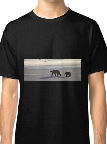Silver Glow Panorama. Polar Bears at Sundown, Churchill, Canada  Classic T-Shirt