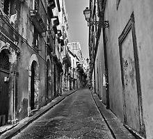 Per le strade di Ortigia by Andrea Rapisarda