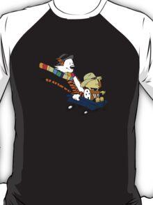 calvin and hobbes meets tardis go T-Shirt