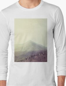Mountains in the background III Long Sleeve T-Shirt