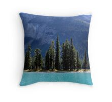 Landfall at Spirit Island Throw Pillow