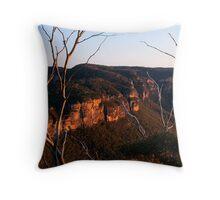 At Days End.... Katoomba NSW Throw Pillow