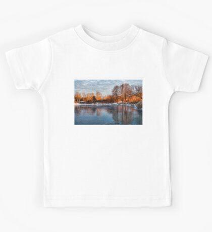 Cold Ice, Warm Light – Lake Ontario Impressions Kids Tee