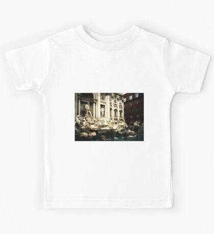 Rome, Italy: Trevi Fountain Kids Tee