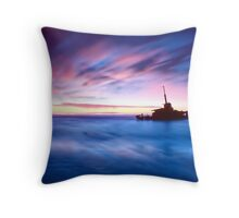 The Sygna Throw Pillow